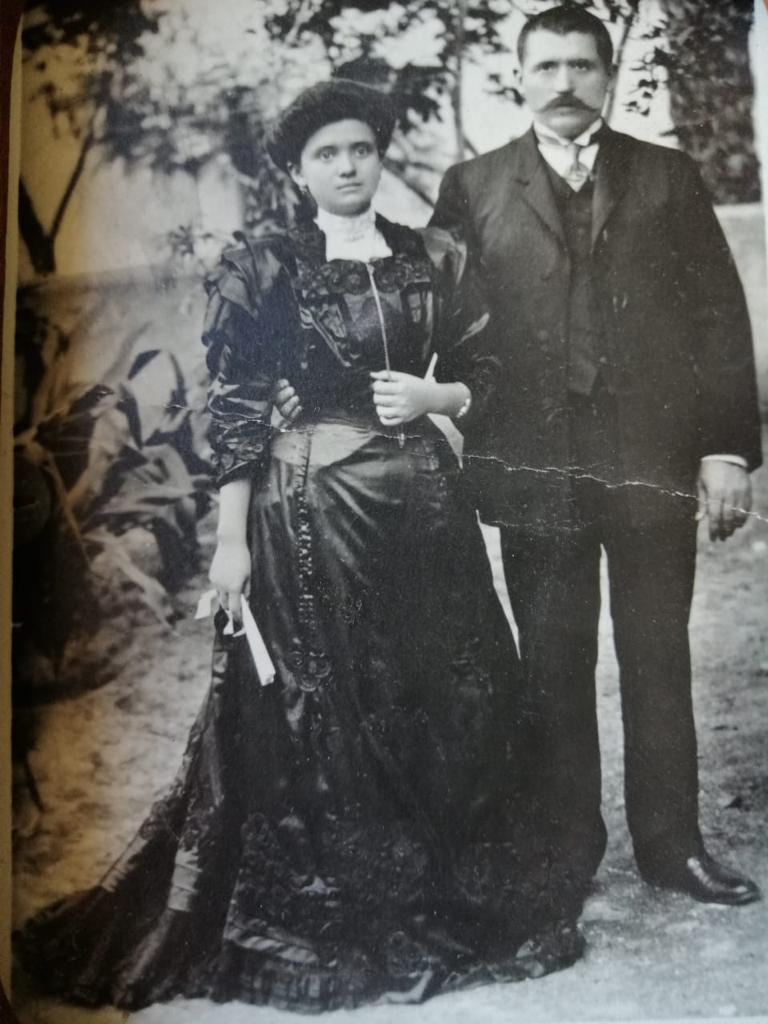 Mi abuela paterna / Crónica de José Luis Pandal