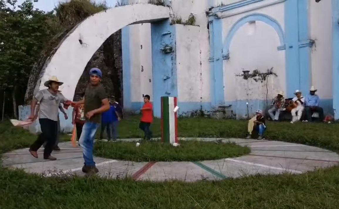 Los danzantes preparan el festejo anual a la vida en Ixtepec / VIDEO