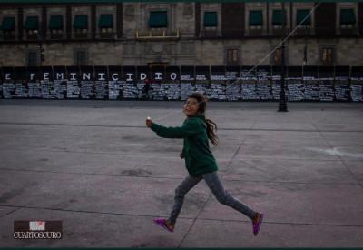 CUARTOSCURO: la foto de la niña del papalote