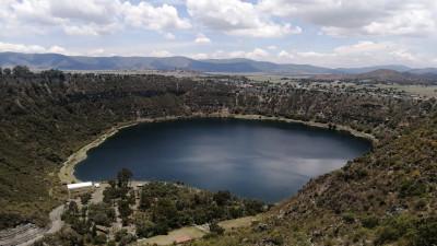 El maar antiguo; mirar a Puebla desde las lagunas nuestras