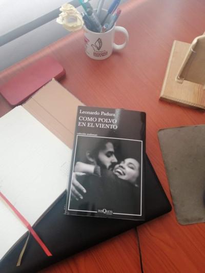 Carlos Figueroa / Como polvo en el viento: Padura y Cuba más allá de la revolución