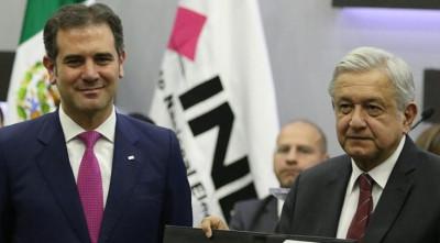 Anomalías constitucionales, el INE y la democracia presidencial / Héctor Aguilar Camín