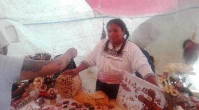 Día Nacional del Maíz: Por San Juan Ixtenco y su arcoíris de maíz México tiene remedio