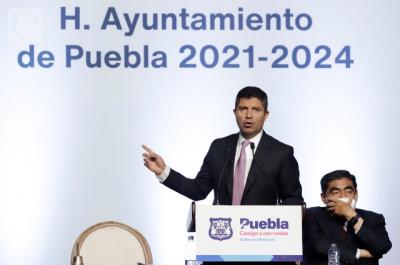 Puebla, Miguel Barbosa-Eduardo Rivera: trazos largos, trazos cortos / Editorial de Mundo Nuestro