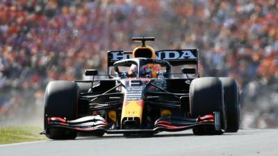 Impecable carrera de Verstappen para ganar el Gran Premio de casa